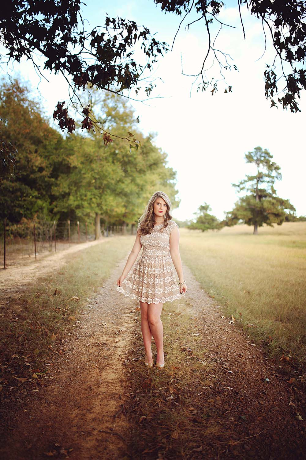 Emily | Sacred Heart High School Senior | white november images